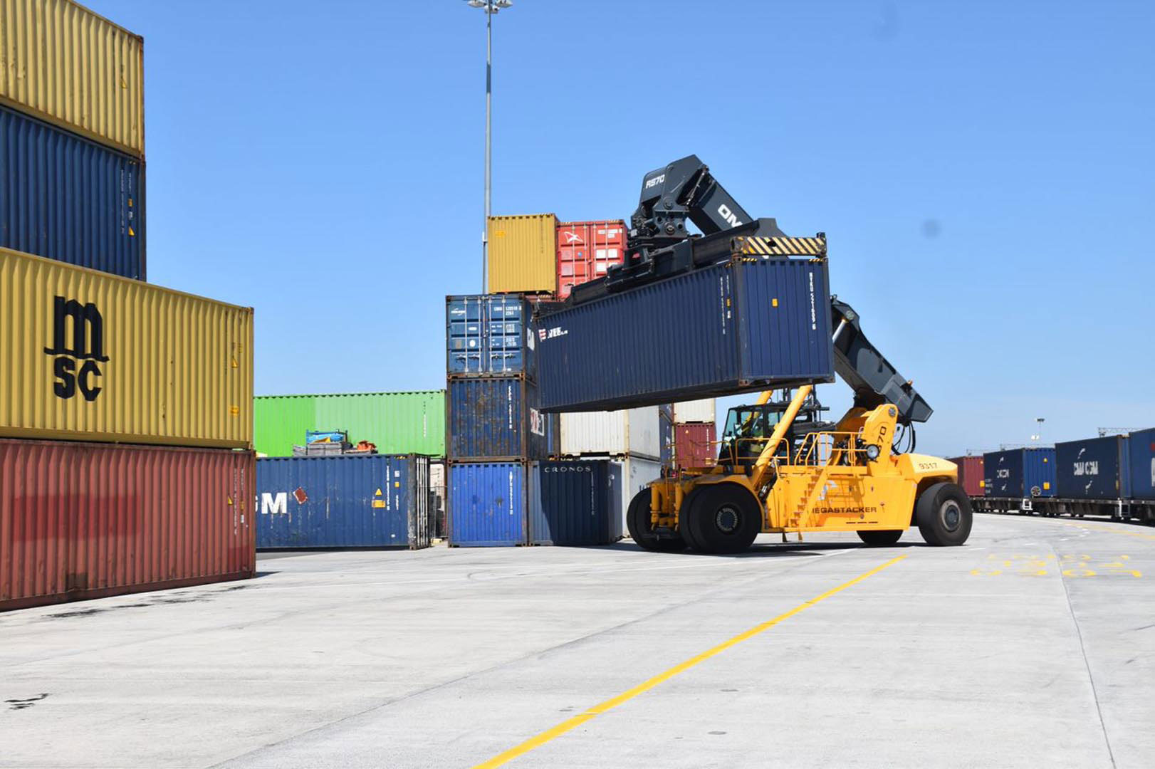 Sydney's trusted container transport company, delivering your cargo across Australia